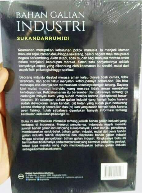 Bahan Galian Industri Karya Sukandarrumidi